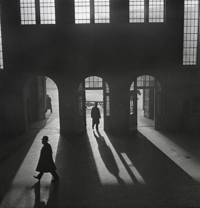 Интерьер Антхальского вокзала около Потсдамской площади. Берлин, 1920-1930 гг.
