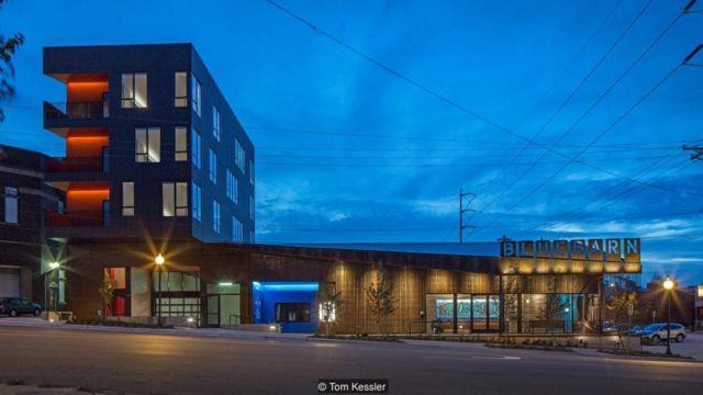 Teater Bluebarn di Omaha, Nebraska yang dirancang oleh perusahaan arsitektur AS, Min | Day.