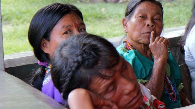 Grupo de mujeres Embera