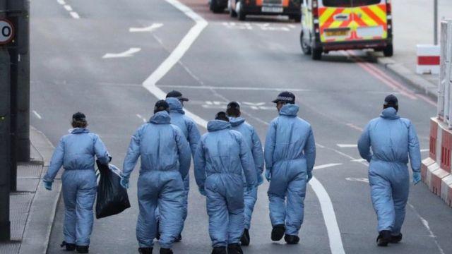 جمعت السلطات كيمة هائلة من المواد والأدلة الجنائية