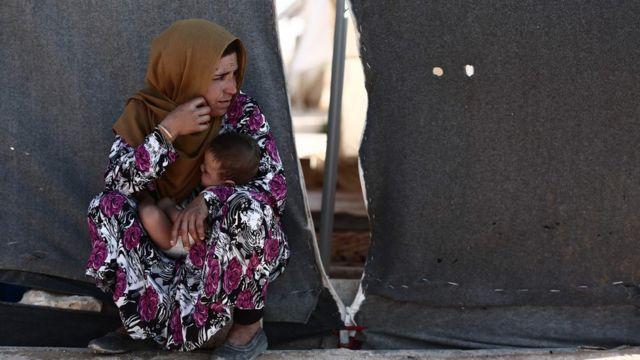İdlib'in güneydoğusuna kurulan kampa binlerce kişi sığındı.