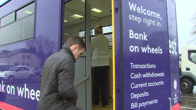Natwest Provides Mobile Bank Help As Branches Close Bbc News