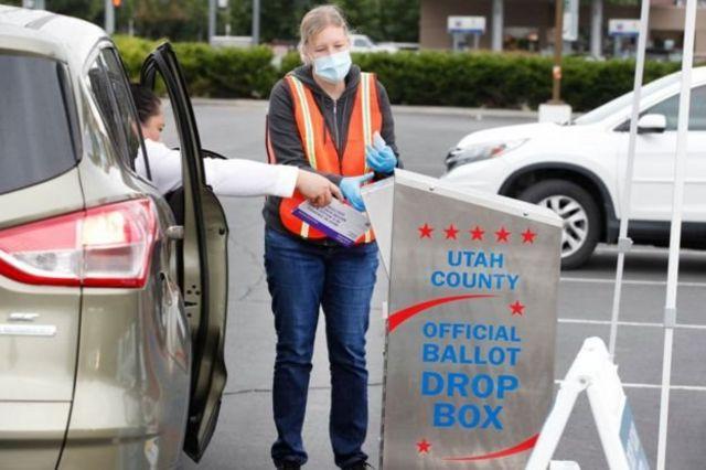 صندوق تحویل برگه در ایالت یوتا که به خاطر همهگیری به رایگیری پستی روی آورده است