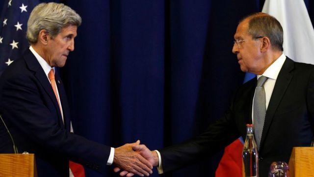 John Kerry və Sergey Lavrov