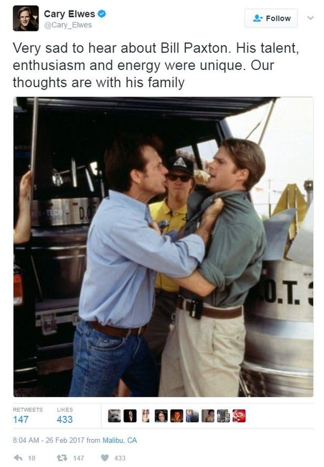Cary Elwes tweeted a tribute to his former co-star Bill Baxton