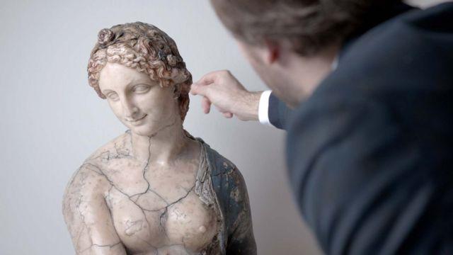 Флора оказалась оригиналом - но не того скульптора