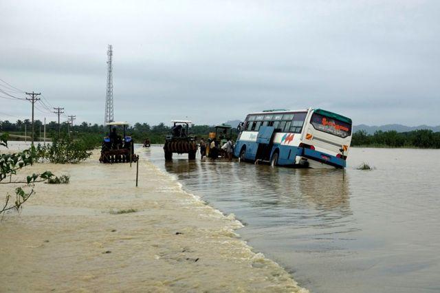 ရခိုင်မှာ ရေကြီးလို့ သွားလာရေး ခက်ခဲ