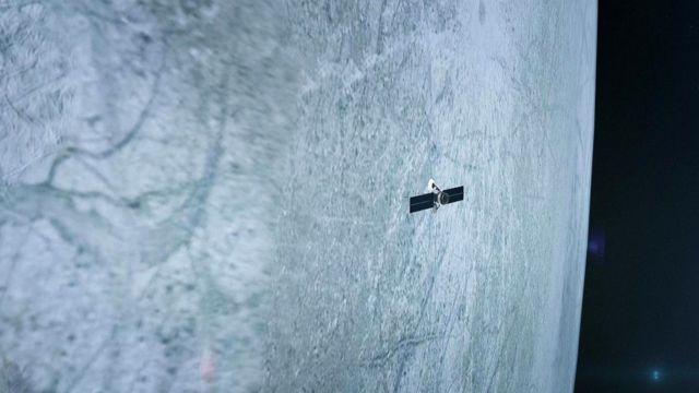 Если жизнь и существует в океанах таких спутников, как Европа, то она, скорее всего, - на уровне микроорганизмов