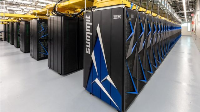 US overtakes China in top supercomputer list