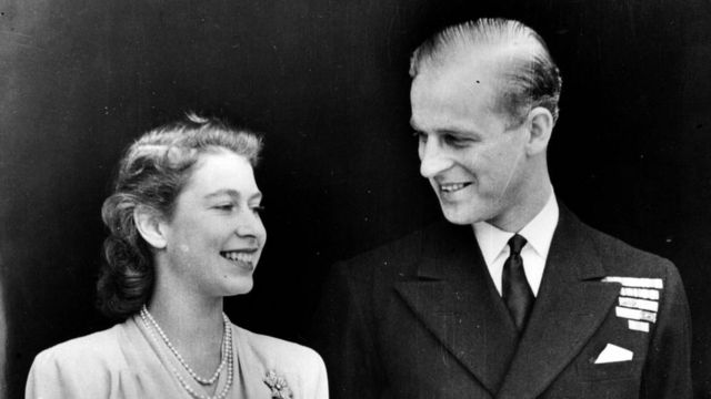 Принцесса Елизавета и принц Филлип после помолвки.