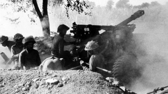 পাকিস্তানি বাহিনীর বিরুদ্ধে লড়াই ১৯৭১