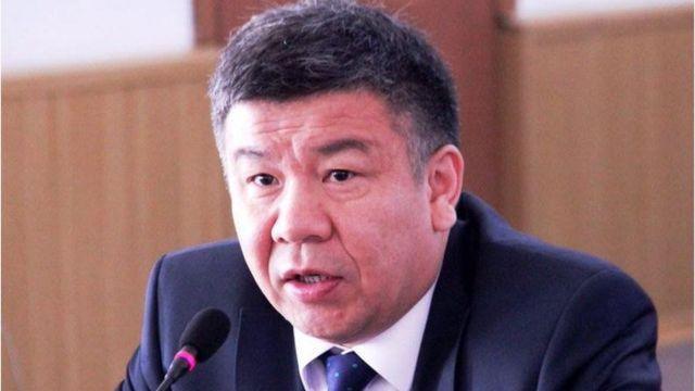 Алмамбет Шыкмаматов өзүнө козголгон ишти саясий заказ деп билдирди.