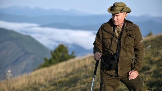 Путін у горах