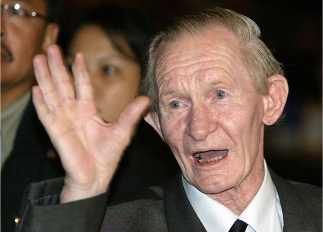 ジェンキンスさんは24歳だった1965年、非武装地帯を越えて北朝鮮に亡命した