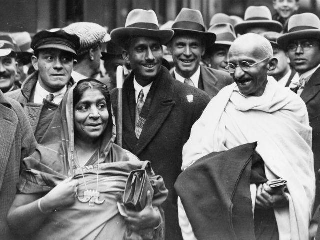 सरोजिनी नायडू, महात्मा गांधी