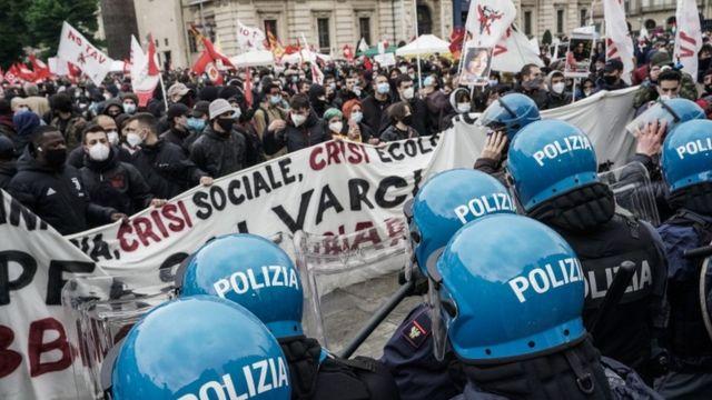 تجمع در تورین ایتالیا