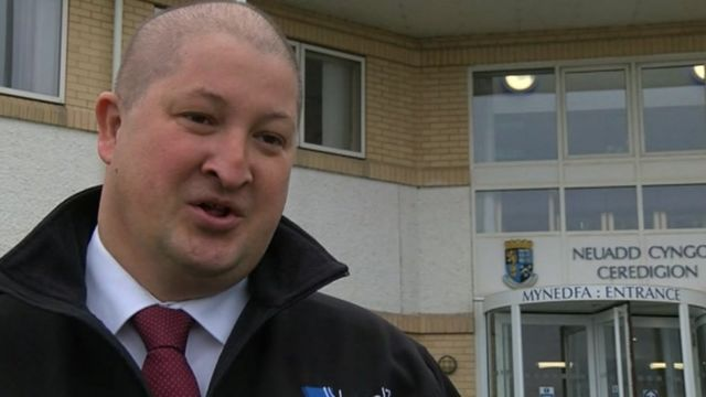 """Dihewyd campaigner Hywel Ifans says school closure plans are a """"difficult sell"""""""