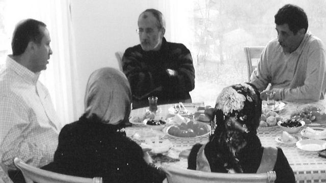 AKP'nin ilk yıllardında, Erdoğan evinde kendisini zaman zaman ziyaret ediyordu
