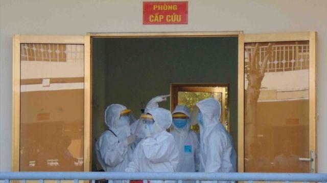 Được biết tất cả 21 người Trung Quốc nhập cảnh trái phép đã được đưa vào cách ly, lấy mẫu xét nghiệm âm tính với virus corona lần thứ nhất.