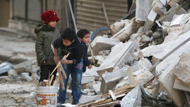 أطفال، ركام، سوريا