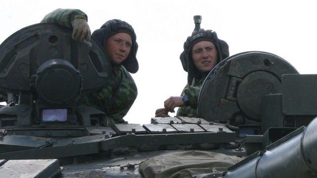Російські танкісти на навчаннях у 2014 році
