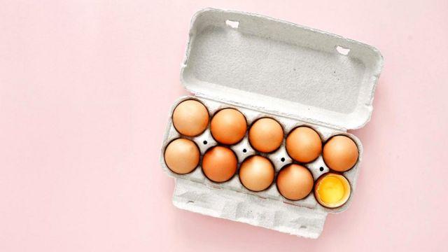 Яичный желток - отличный источник лютеина, важного для хорошего зрения
