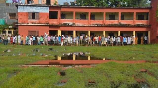 वीरगञ्जको एक मतदान केन्द्र