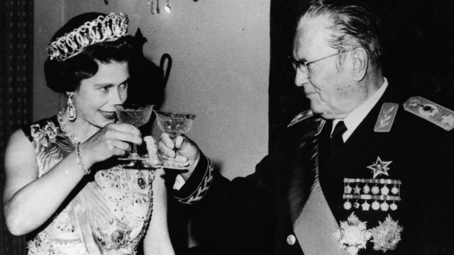 Josip Broz Tito i britanska kraljica Elizabeta II u Belom dvoru, 20. oktobar 1972.