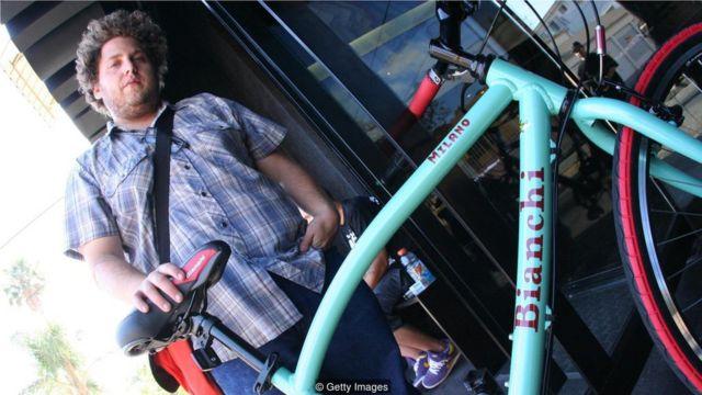 包括演员希尔(Jonah Hill)在内的时尚达人不拘一格,他们影响了街头文化。