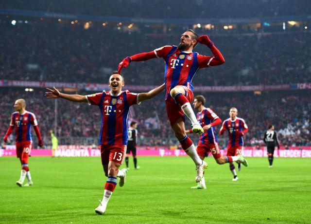 Frank Ribery celebra un gol
