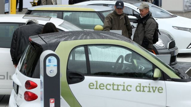 इलेक्ट्रिक कार