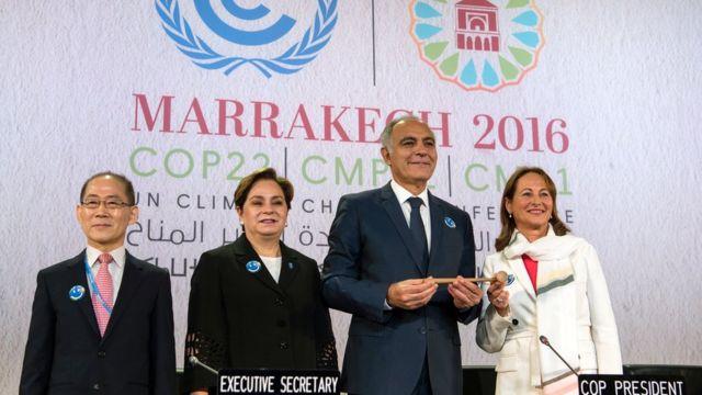 Salaheddine Mezouar, le président de la COP22 (centre)