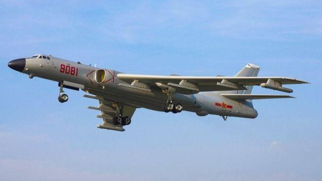 Máy bay ném bom chiến lược H-6J mới đây được triển khai tới đảo Phú Lâm