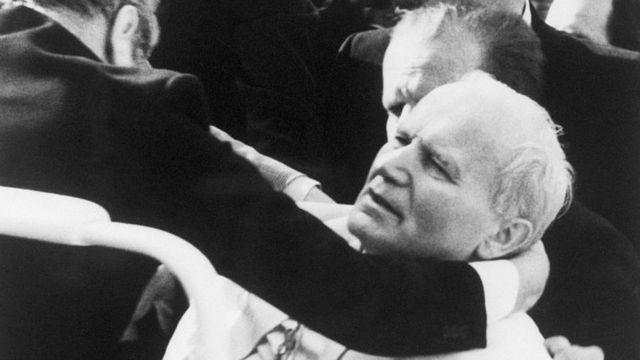 Juan Pablo II fue víctima de un intento de asesinato el 13 de mayo de 1981.