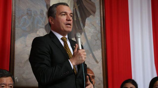 El Ministro De Cultura De Perú Salvador Del Solar Presenta Su Renuncia Al Cargo Tras El Polémico Indulto A Fujimori Bbc News Mundo