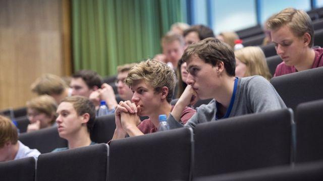 Estudiantes en clase en la Universidad de Utrecht