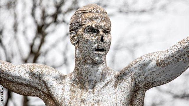 La statue de Zlatan