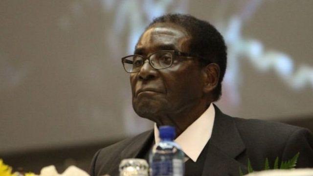 Rais wa zamani Robert Mugabe alikataa jitihada za awali za kuirejesha Zimbabwe katika Jumuiya hiyo.