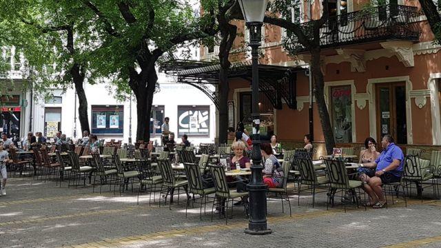 Bašta kafića u Subotici