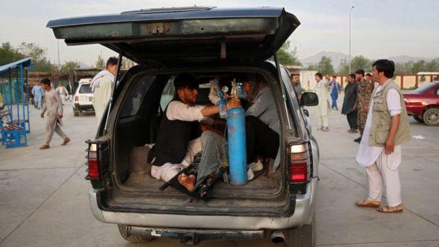 انفجار جلوی مدرسه دخترانه در کابل؛ ۳۰ نفر کشته شدند