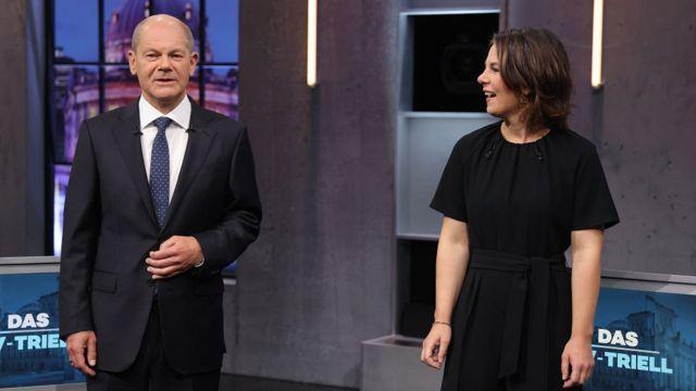 Олаф Шольц и Анналена Бербок в последних предвыборных дебатах
