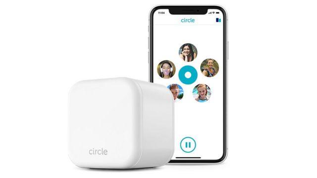 Circle with Disney box and app