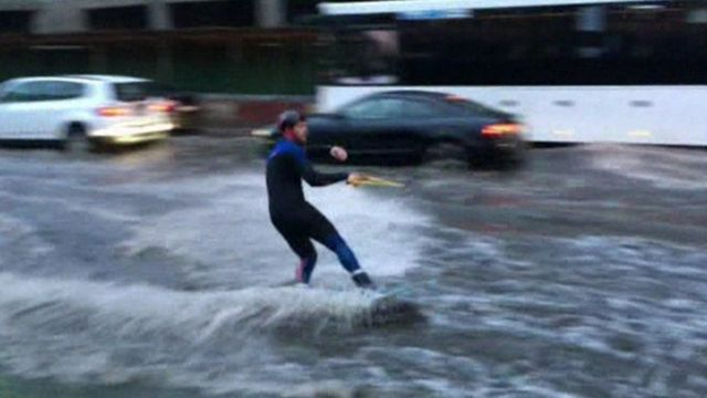 Wakeboarder in Moscow floods