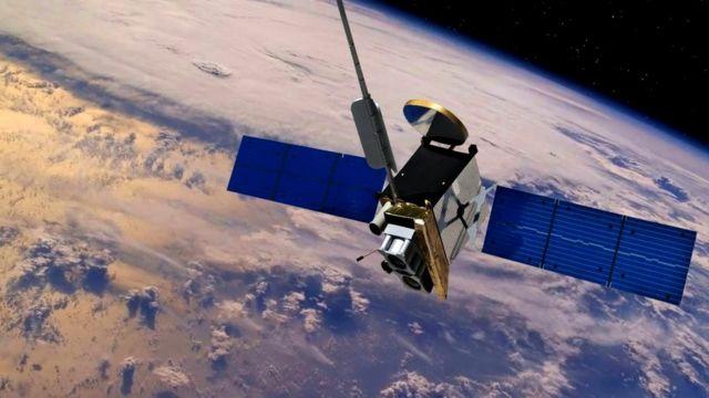 Как правило, спутники при входе в атмосферу разрушаются
