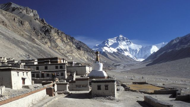 Pogled na Mont Everest sa tibetanske strane