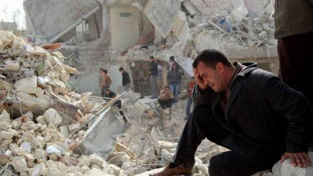 مشهد من الدمار الذي تشهده حلب.