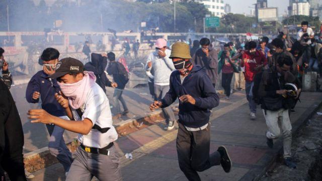 Mahasiswa protes revisi UU KPK