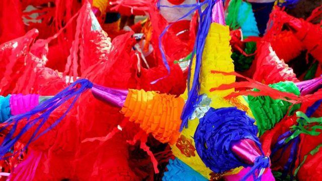 Piñatas tradicionales mexicanas