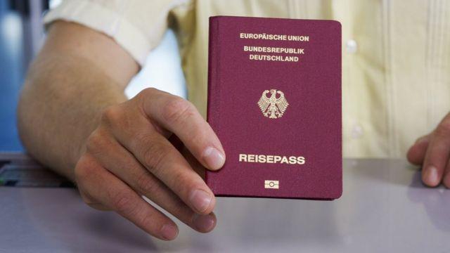 С немецким паспортом вы можете путешествовать без виз в большее число стран, чем с любым другим