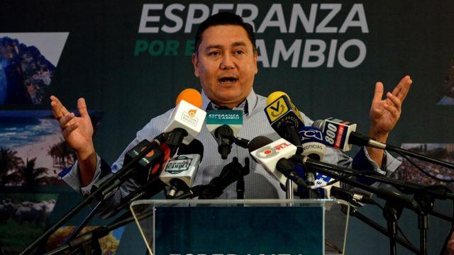 Pastor evangélico Javier Bertucci, candidato presidencial en Venezuela.
